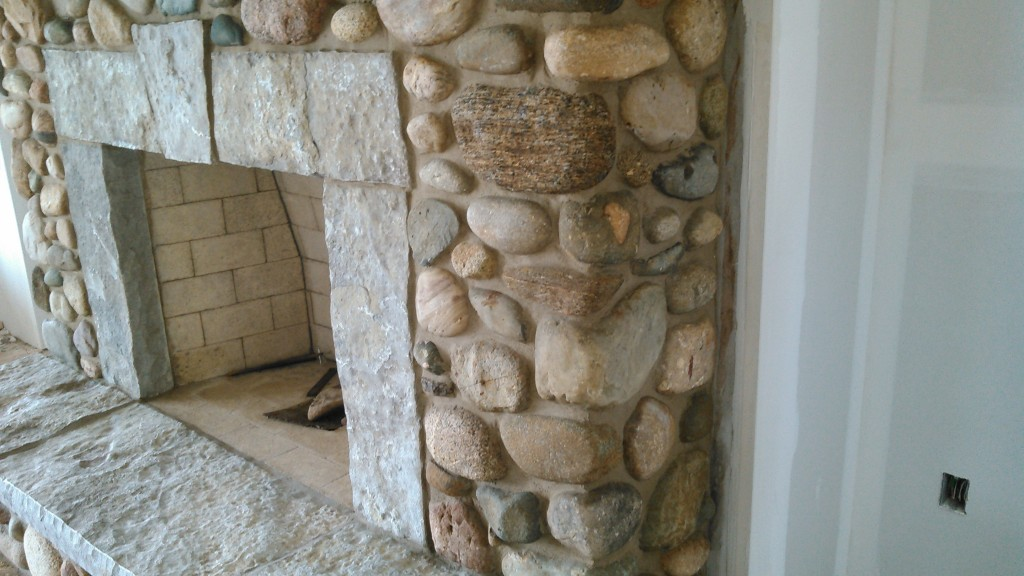 fieldstone fireplace quartzite mantlestone